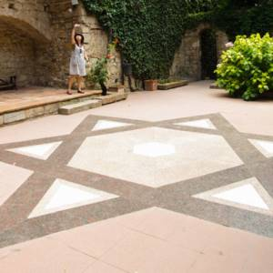 Call-Jueu-Girona-BCNArtofTravel